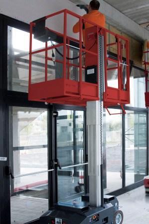 11121 platforma elevatoare 180kg 3 5 m leonardo hd bravi Platforma elevatoare constructii (180kg / 3-5 m) Leonardo HD | Bravi - Unilift Platforma elevatoare constructii