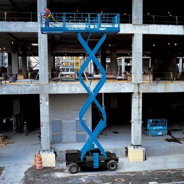 Nacela elevatoare pentru teren denivelat GS-3384 RT | GENIE