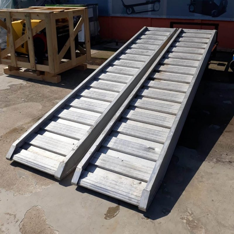 12503 rampa incarcare aluminiu clm 12t alta marca Rampa incarcare din aluminiu, CLM - Unilift