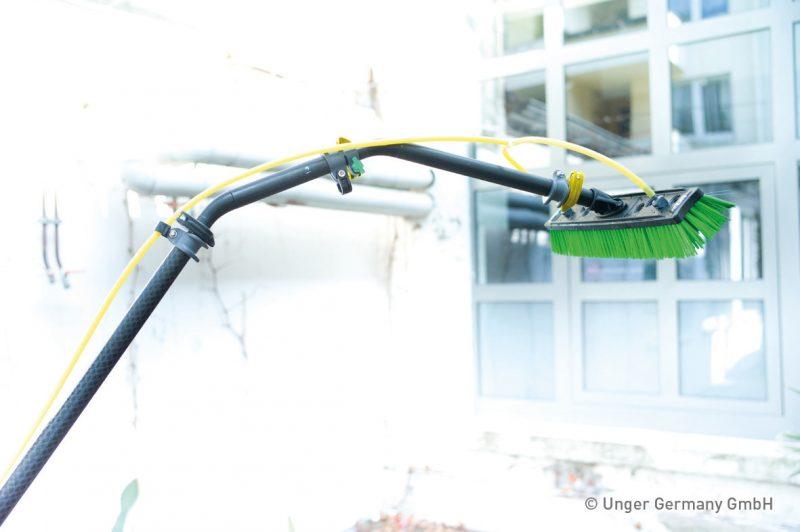 1680 adaptori unghiulari multilink nlite unger Adaptori unghiulari pentru lance telecopica | Multilink -nLite | UNGER - Unilift Adaptori unghiulari pentru lance
