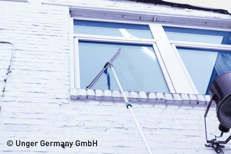 1773 racleta geamuri ergotec ninja unger Racleta geamuri cu maner pivotant | ErgoTec Ninja | Unger - Unilift Racleta geamuri cu maner pivotant
