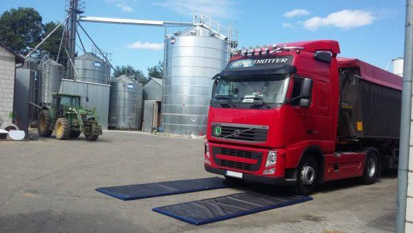4820 covoare dezinfectante pentru rotile masinilor si camioanelor set 2 buc dewitte Covoare dezinfectante pentru rotile masinilor si camioanelor (Set 2 buc.) - DeWitte - Unilift