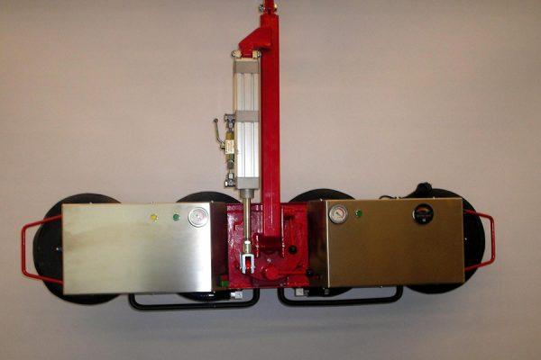 5815 sistem de manevrare placi din sticla cu baterie vacupower 300 tgt Sistem de manevrare placi din sticla cu baterie VACU/POWER 300+ | TGT - Unilift