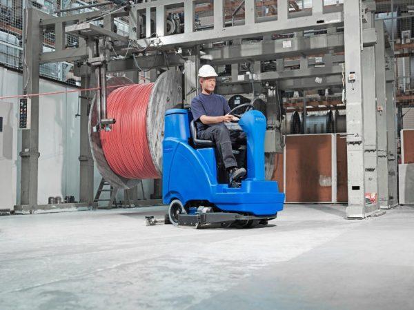 5838 masina de spalat aspirat scrubtec r 6100 nilfisk Masina de spalat-aspirat SCRUBTEC R 6100   Nilfisk - Unilift