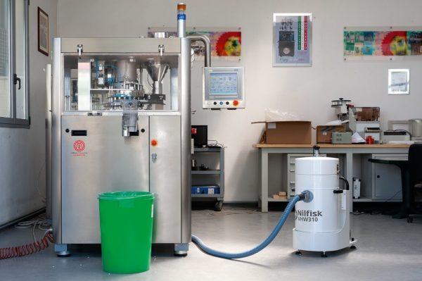 5998 aspirator industrial pentru industria alimentara si farmaceutica vhw310vhw311 nilfi nilfisk Aspirator industrial pentru industria alimentara si farmaceutica VHW310/VHW311 | Nilfisk - Unilift