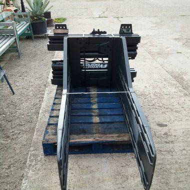 Clamp baloti rectangulari (max. 4000kg) – reconditionat | Bolzoni
