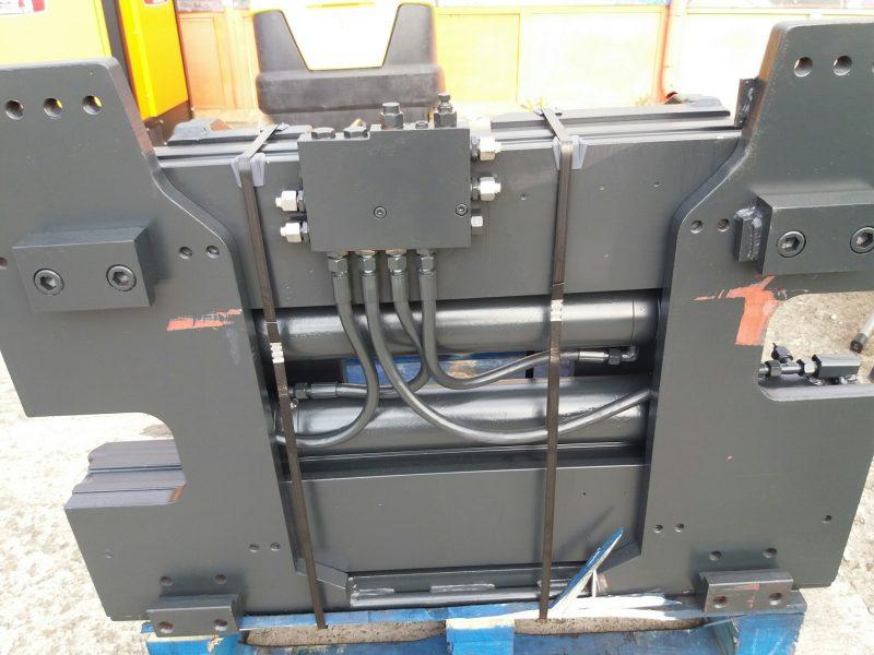 8965 bale clampbolzoni auromo bolzoni meyer Clamp baloti rectangulari (max. 4000kg) - reconditionat   Bolzoni - Unilift Clamp baloti rectangulari