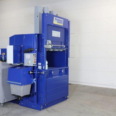 Presa compactoare automata pentru materiale reciclabile AutoLoadBaler   Strautmann