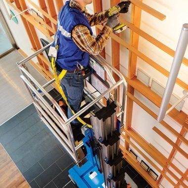 Nacela elevatoare cu ridicare verticala GR-12 | GENIE