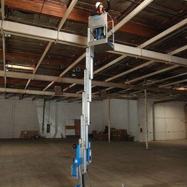 Nacela elevatoare de lucru la inaltime AWP-20S | GENIE