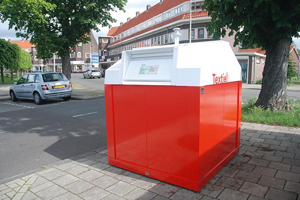 Container pentru reciclare textile cu sistem suprateran   Bauer C