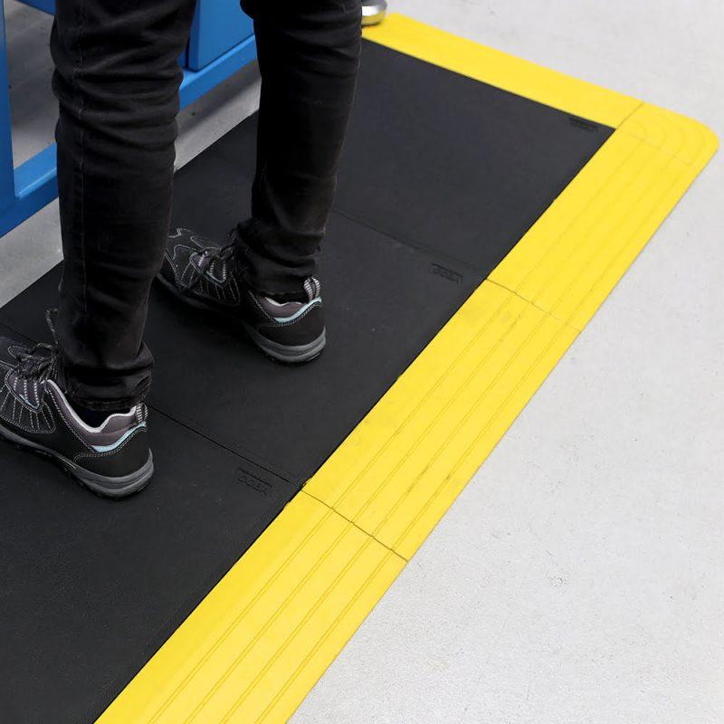 af fatigue lock workplace matting 3 Placi prin imbinare Fatigue-Lock | COBA - Unilift