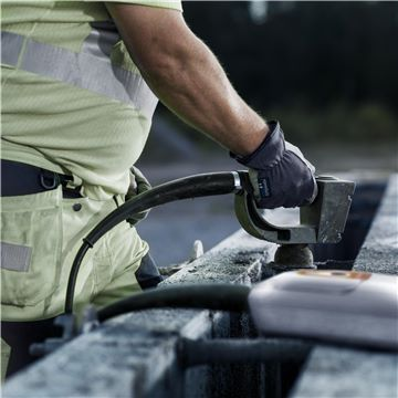 223 Vibrator pentru beton SMART E 48 Husqvarna - Unilift Vibrator pentru beton SMART E 48 Husqvarna